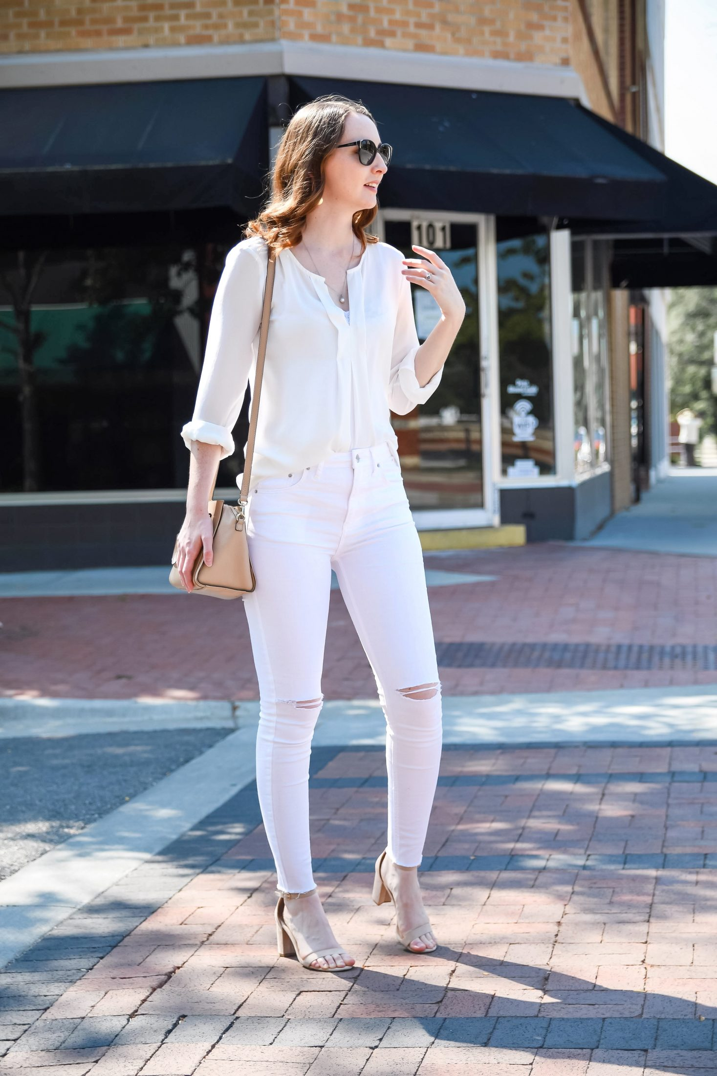 fall transitional outfit round up all white work outfit